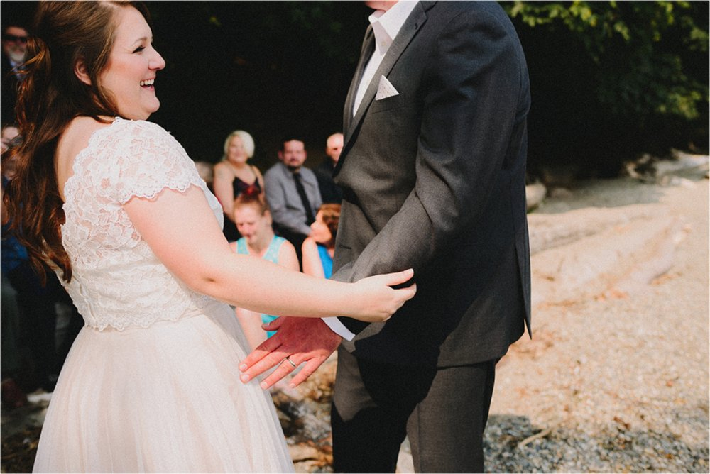 owen-beach-priest-point-park-tacoma-washington-elopement-jannicka-mayte-anchorage-alaska-wedding-elopement-photographer (47).jpg
