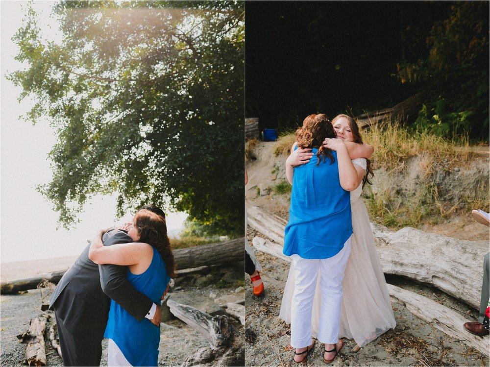 owen-beach-priest-point-park-tacoma-washington-elopement-jannicka-mayte-anchorage-alaska-wedding-elopement-photographer (49).jpg