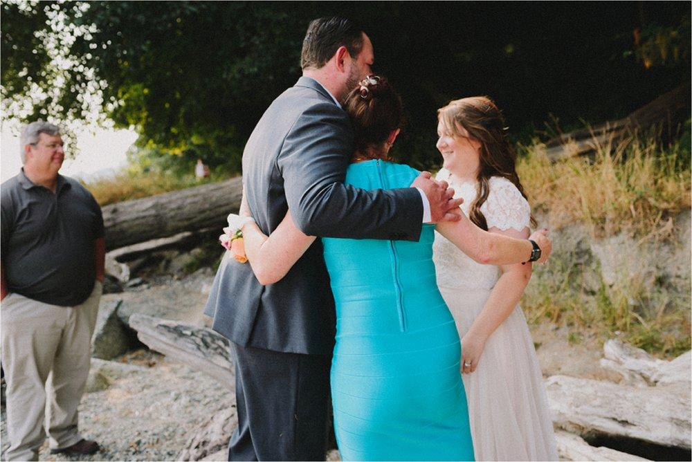 owen-beach-priest-point-park-tacoma-washington-elopement-jannicka-mayte-anchorage-alaska-wedding-elopement-photographer (51).jpg