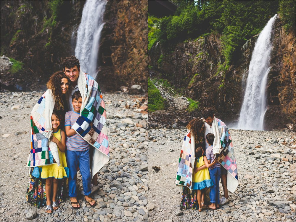 franklin-falls-family-session-jannicka-mayte-anchorage-alaska-family-photographer_0016.jpg