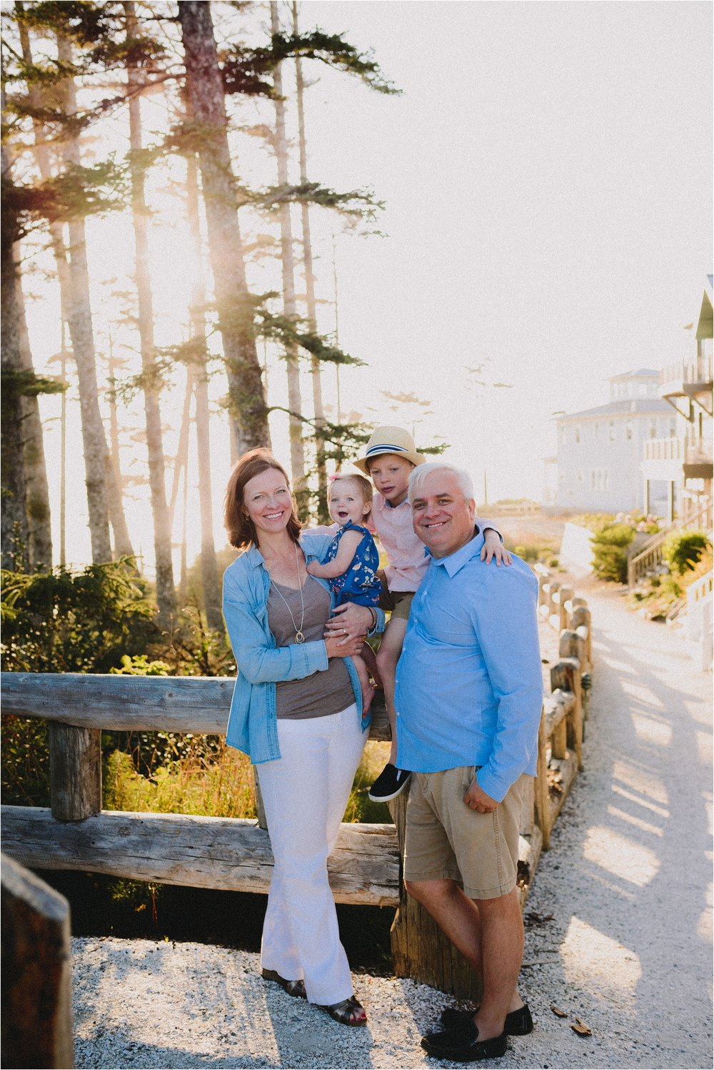 pacific-beach-washington-family-session-jannicka-mayte-anchorage-alaska-family-photographer_0014.jpg