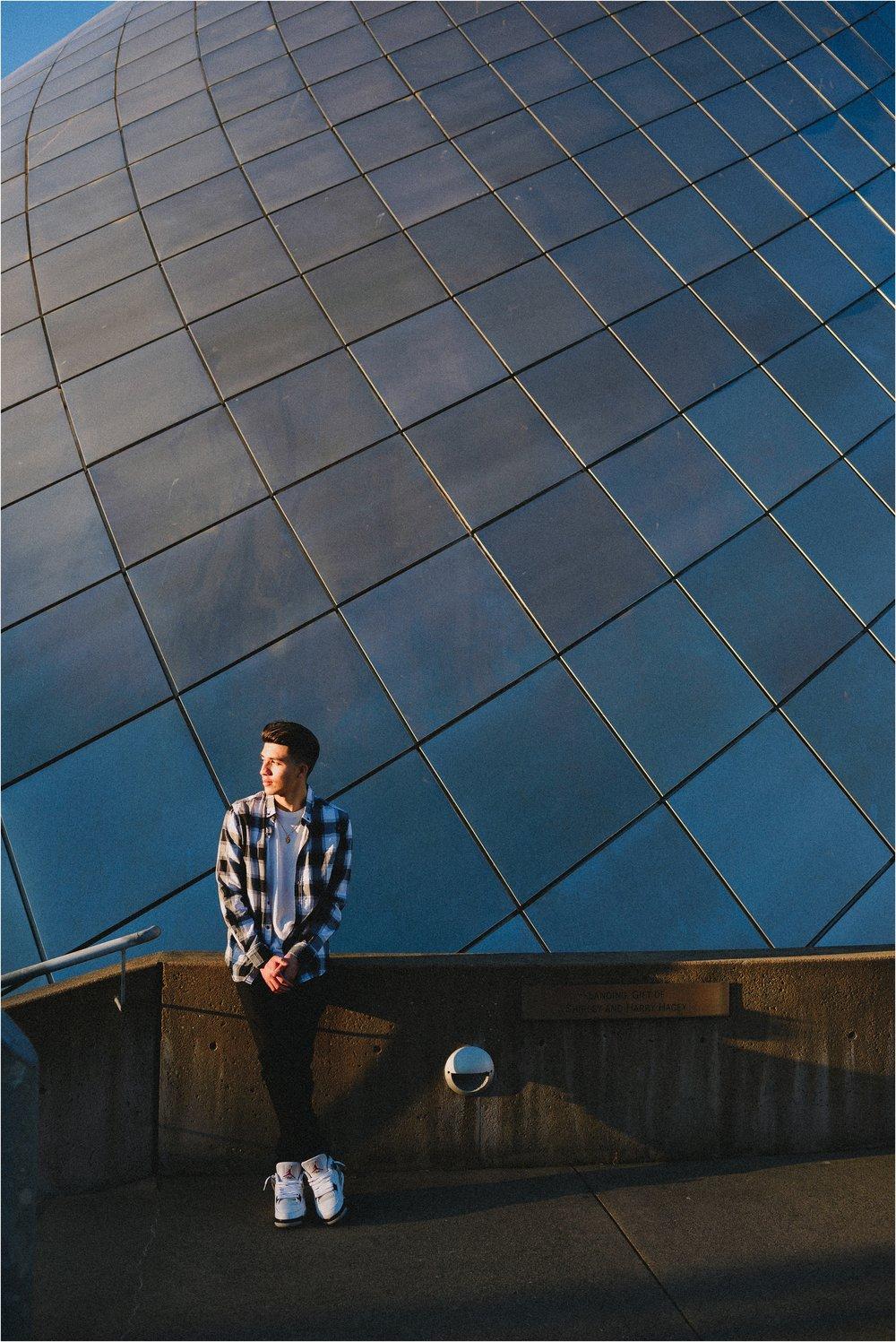 museum-of-glass-tacoma-washington-high-school-senior-session-jannicka-mayte-anchorage-alaska-senior-photographer_0017.jpg