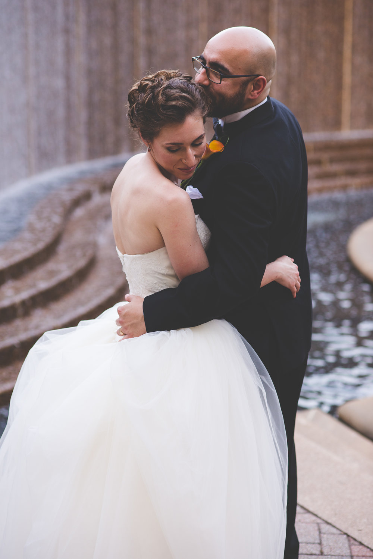 anchorage-intimate-wedding-photography.jpg
