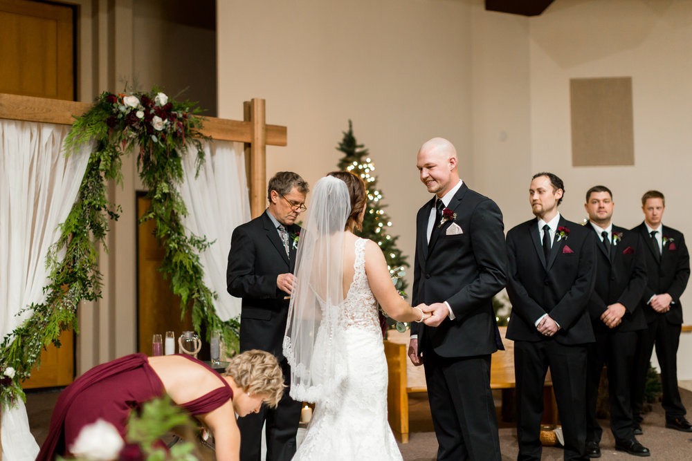 Abigail Berge Photography_KnudtsonWedding-612.jpg