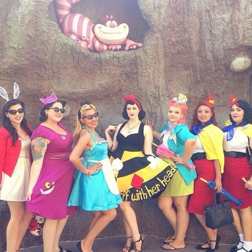Alice and Wonderland Disneybounding. Photo source: Instagram user @damfino.