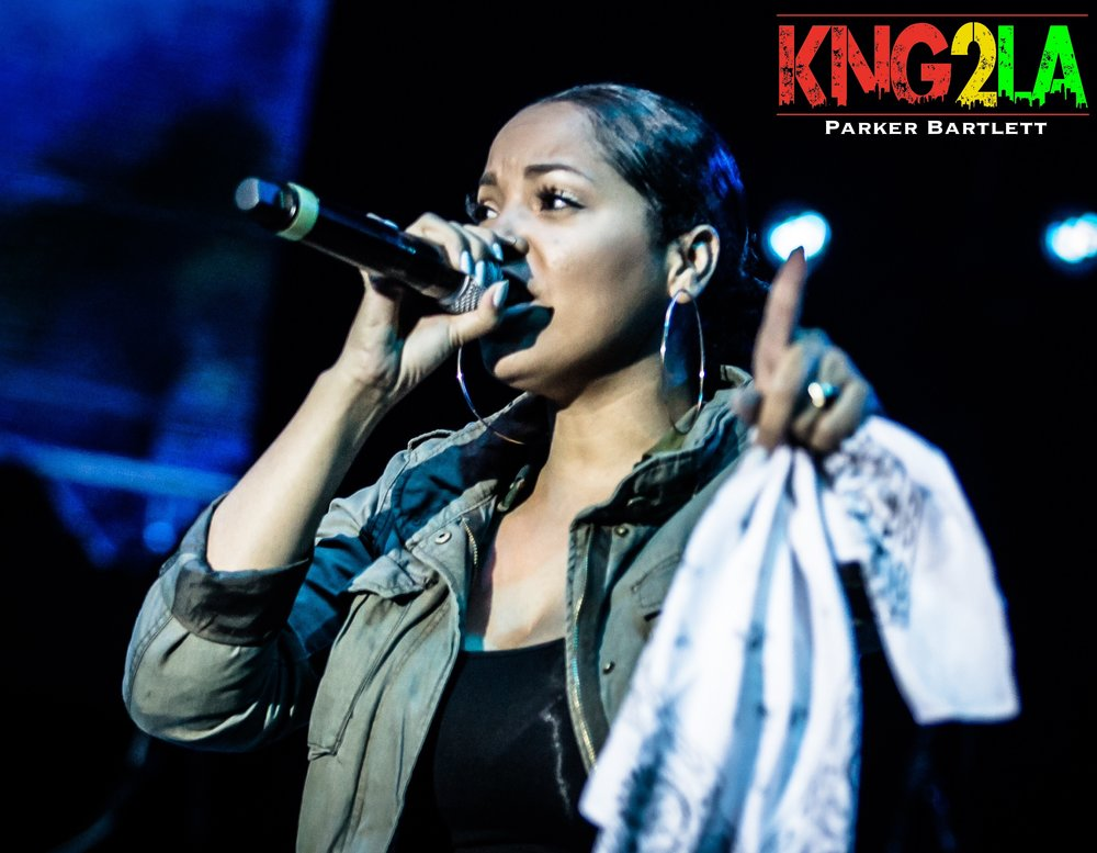 Keida performing live alongside Kranium at the 32nd annual Reggae on the River.