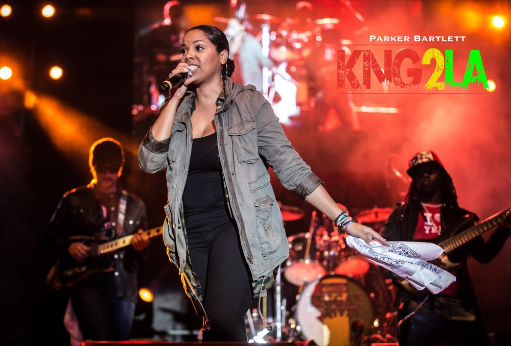 Keida performing alongside Kranium at the 32nd annual Reggae on the River.