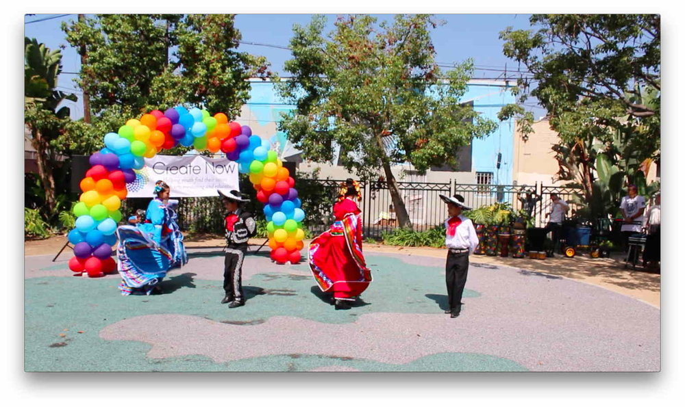 Ballet Folklorico_low res.jpg