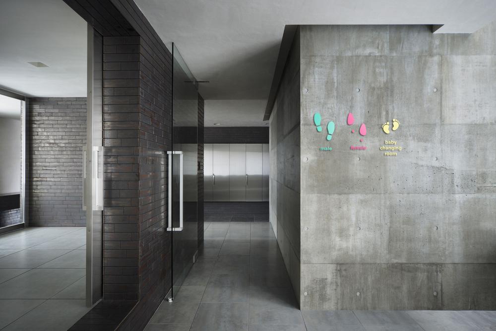 bathroom signage.jpg