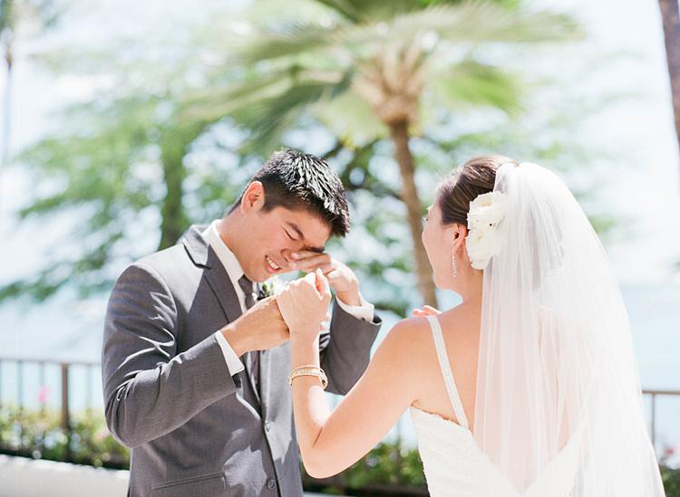 Halekulani Waikiki Ballroom Wedding | Ashley Goodwin Photography_0011