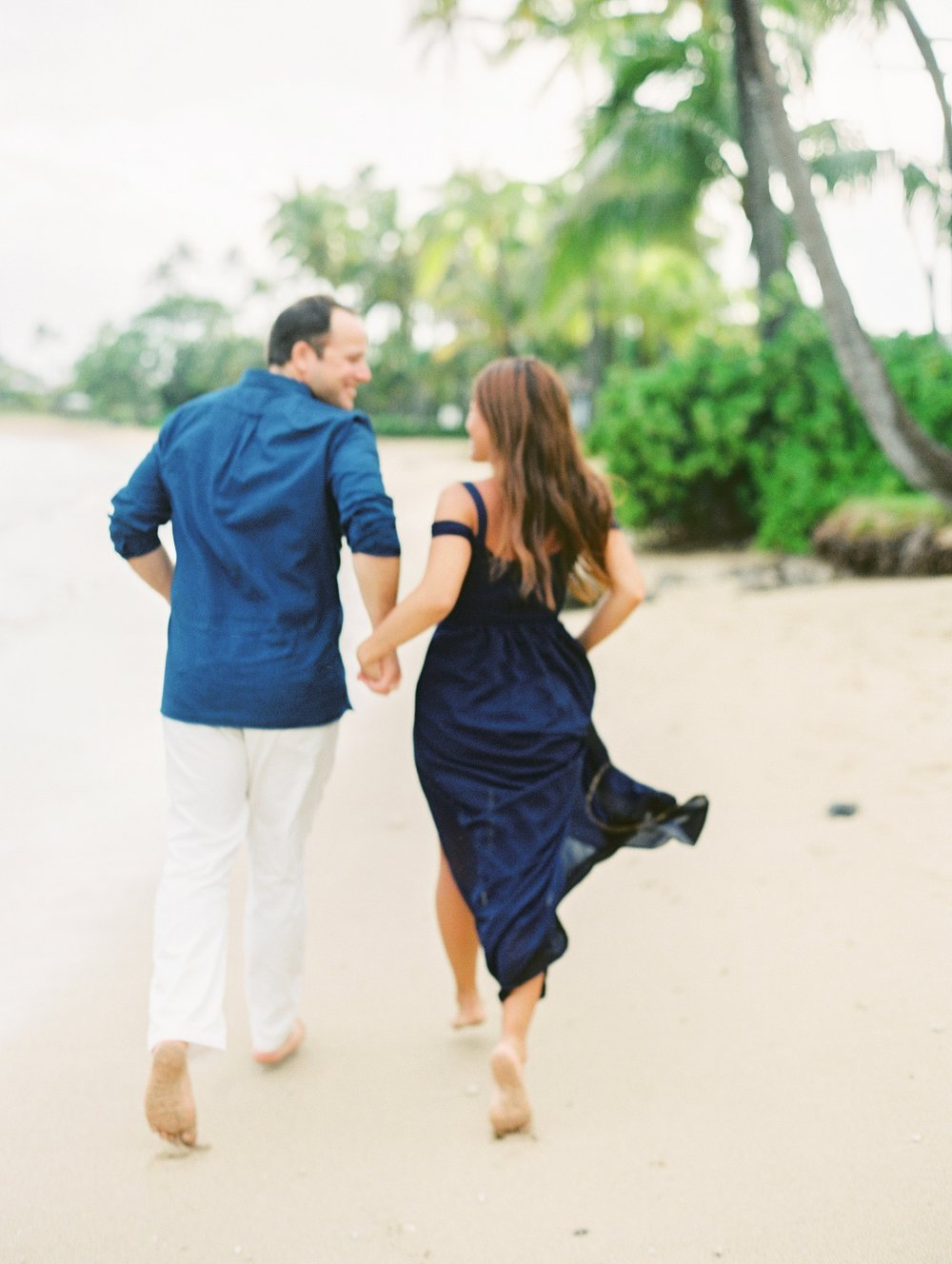 Kahala Waialea Beach Hawaii Engagement Photo_0006.jpg