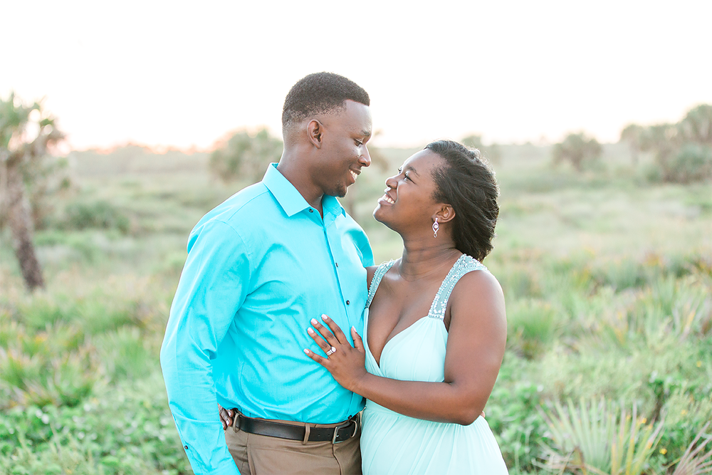 engagement photos in washington oaks gardens state park