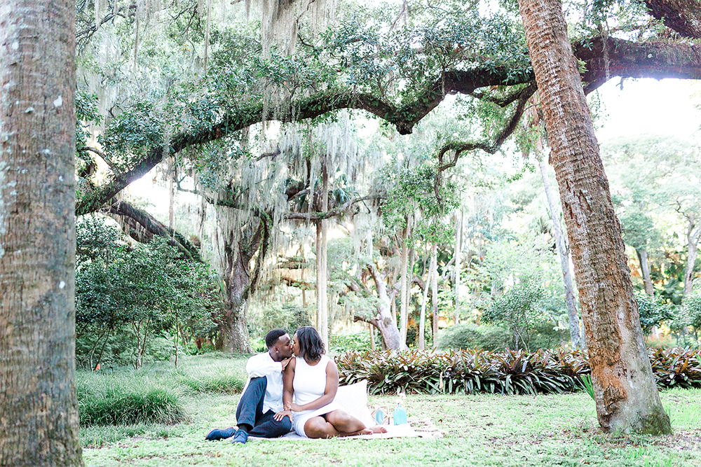 engagement and wedding photographer in jacksonville fl