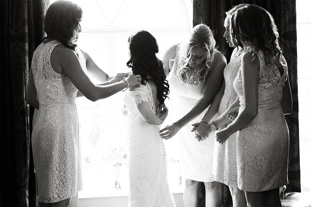 bride getting ready in casa monica