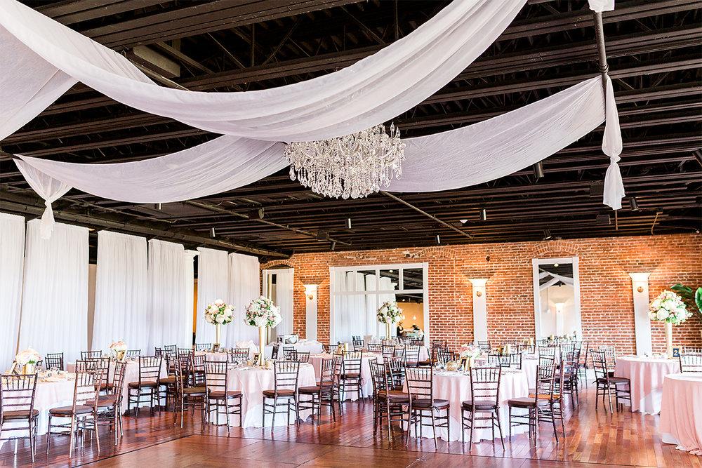 the white room wedding decor