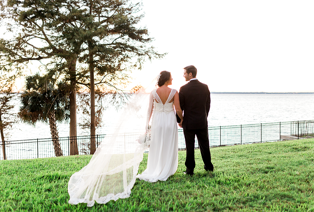 newlyweds in bolles shool jacksonville fl.png