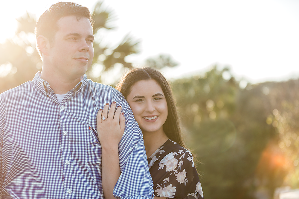 sunset engagement pictures in Jacksonville