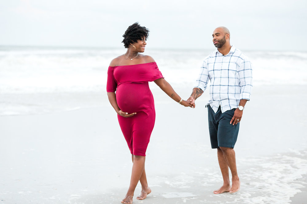beach maternity session in jacksonville fl