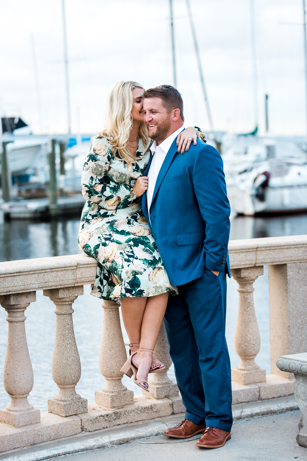 romantic engagement puicture by the yacht club