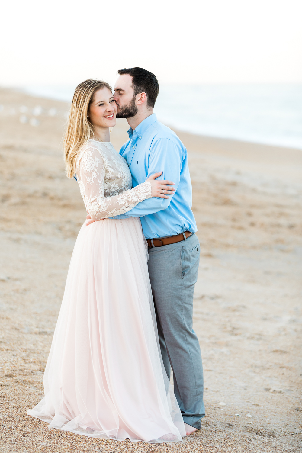Engagement pictures at the beach
