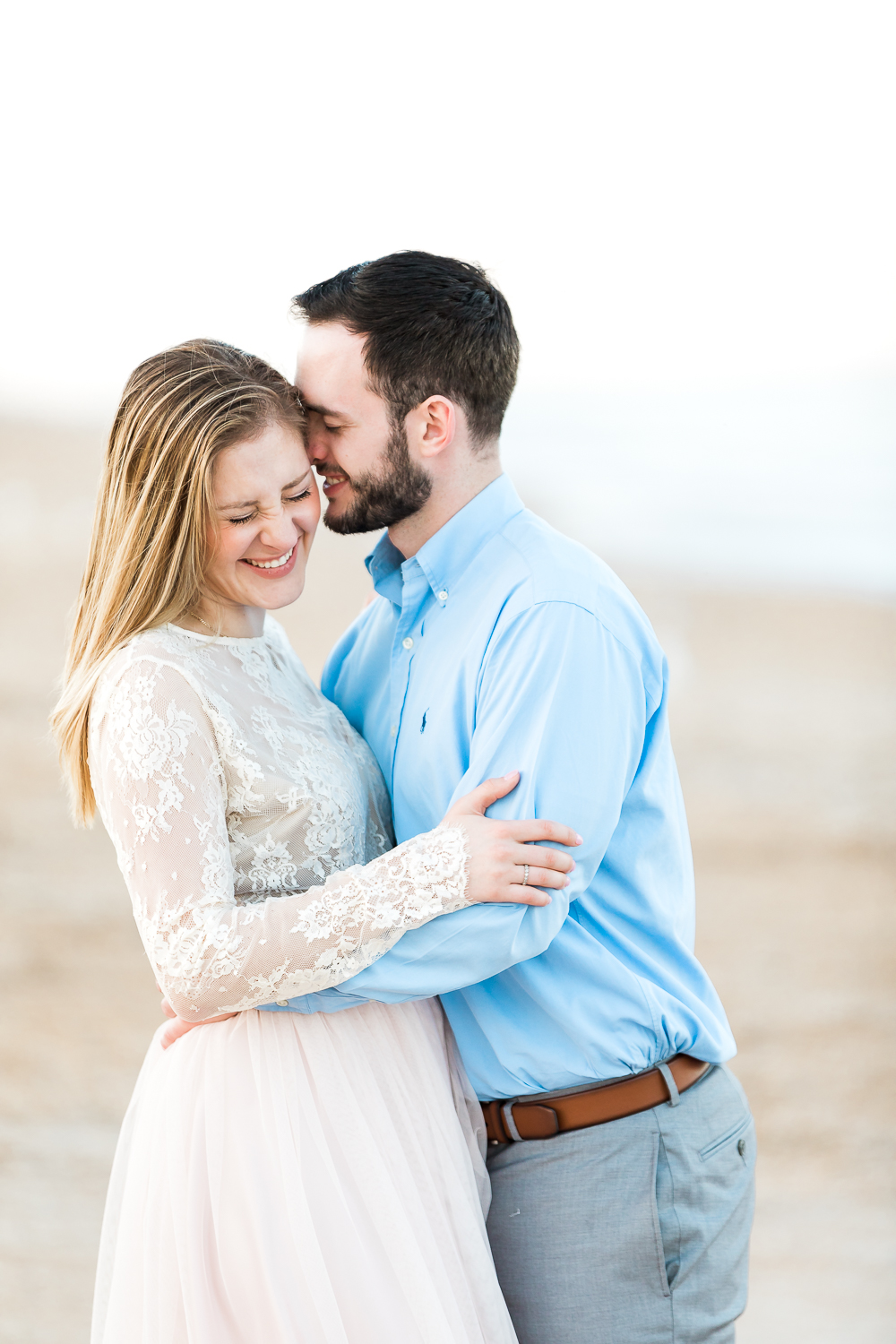 Relaxing engagement picture ideas