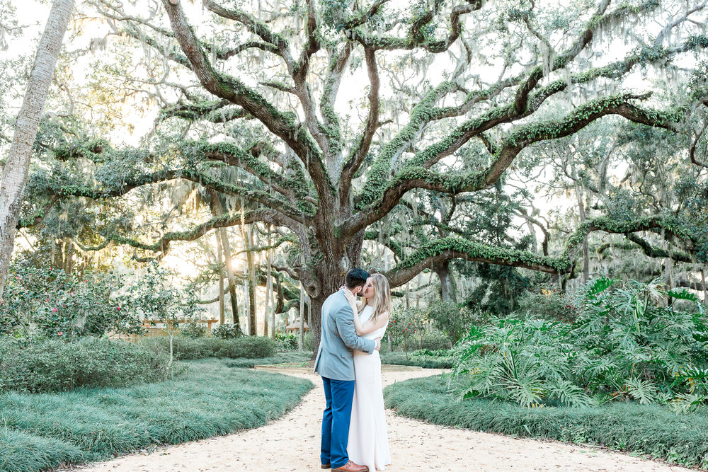 engagement session in Washington oaks Gardens