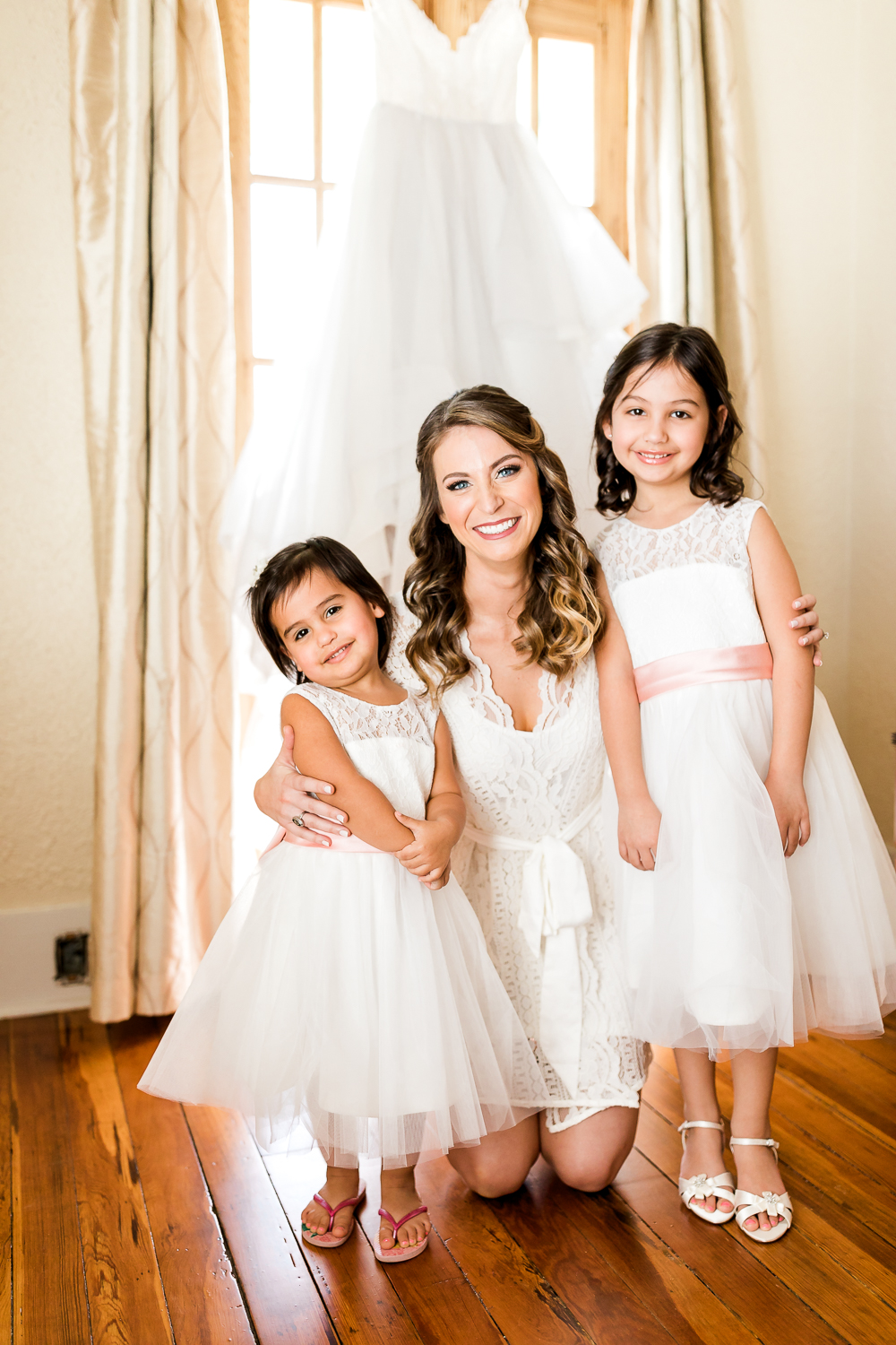 Bride and her flower girls in St.Augustine wedding