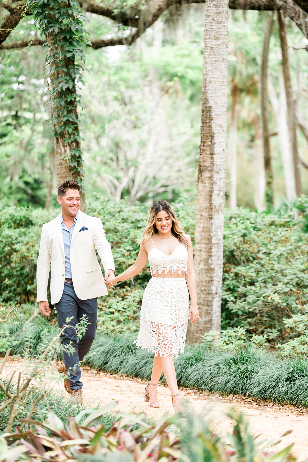 Professional engagement photo ideas North Florida
