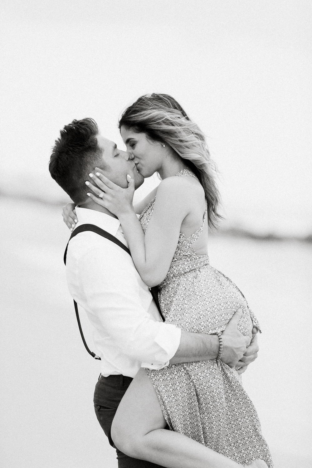 Sexy engagement photo ideas on the beach