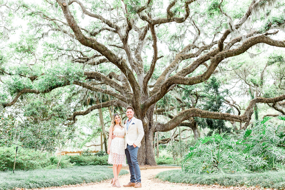 Washington Oaks Gardens engagement picture ideas