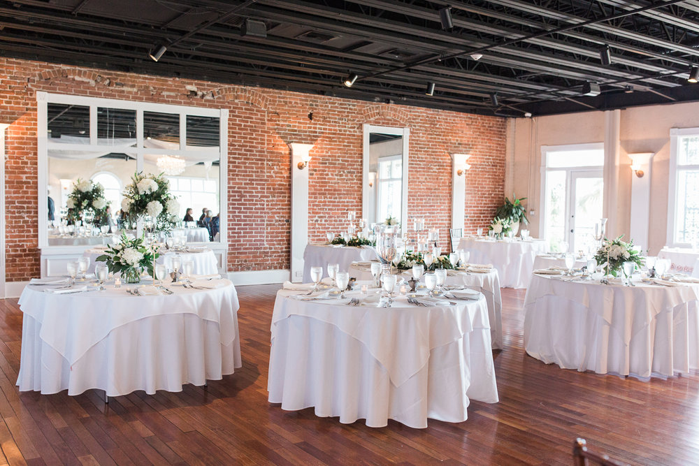 the white room wedding decor ideas