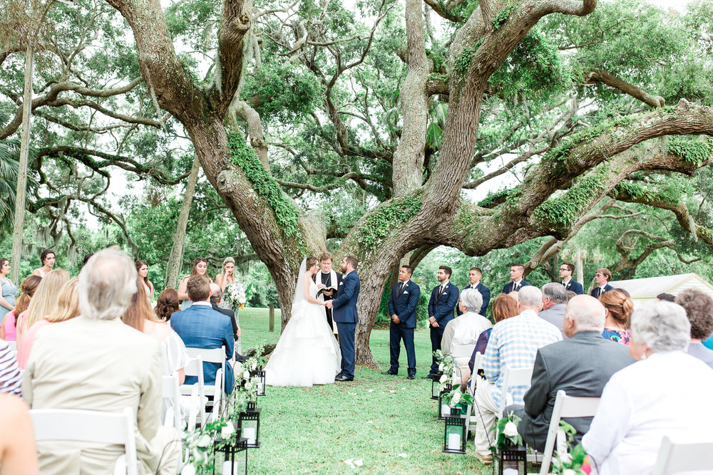 the ribault club wedding ceremony under the moss trees