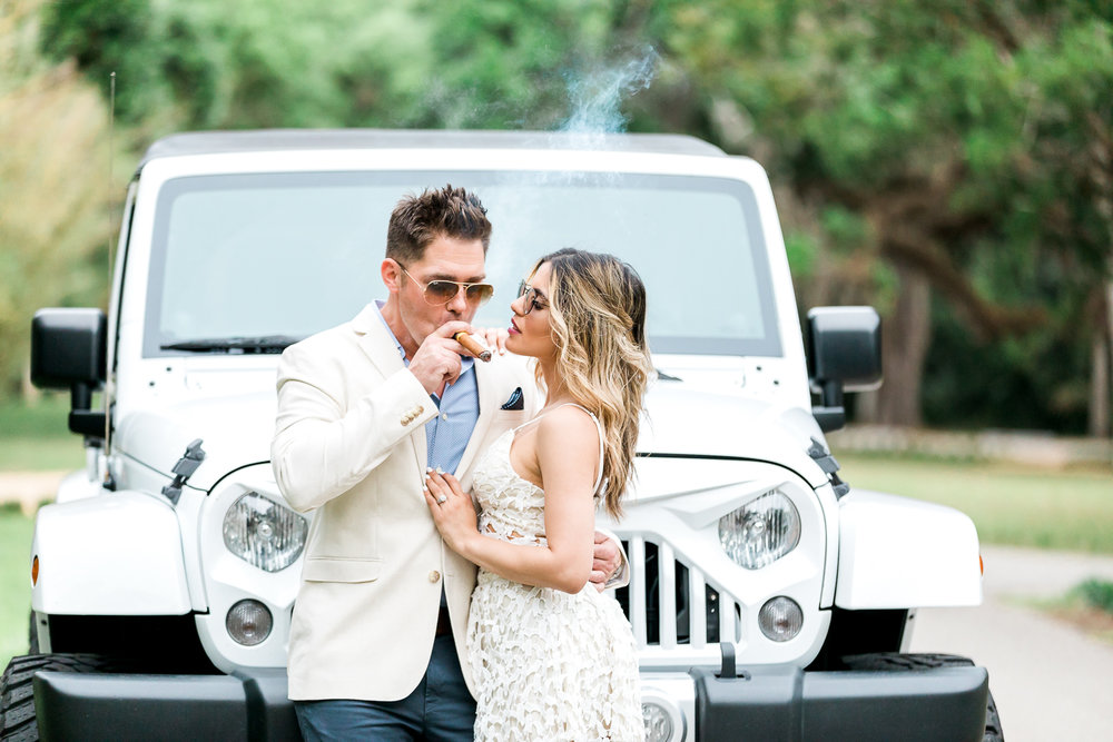 styled couple engagement session and posing + outfit ideas