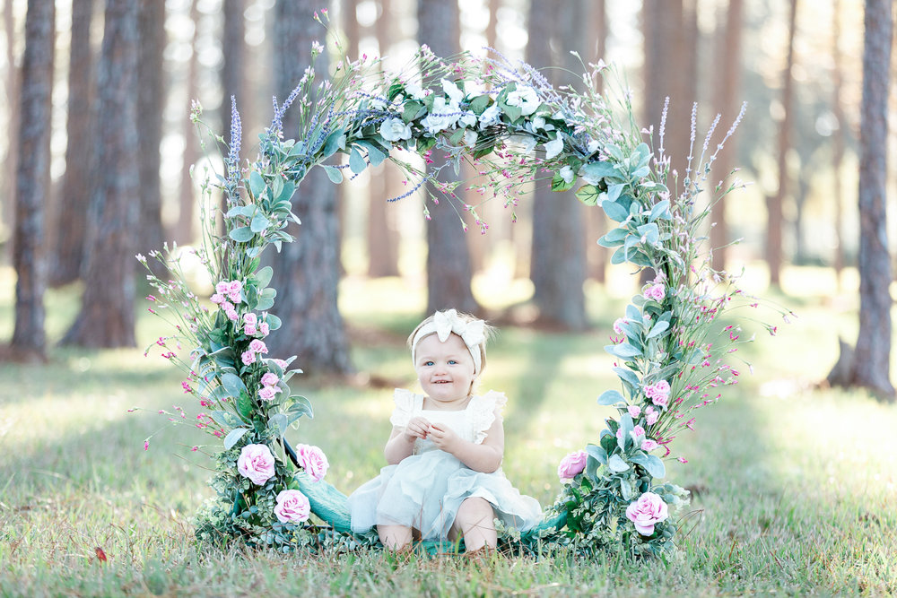 child and family photographer - floral hoop flowers picture ideas
