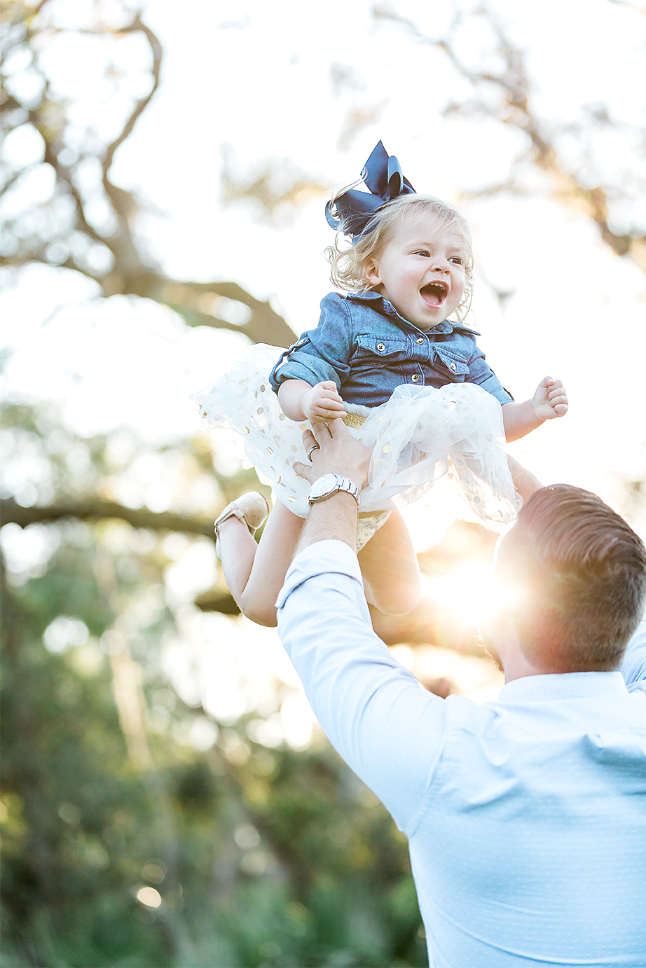 daddy and baby girl fun picture ideas during sunset in nocatee
