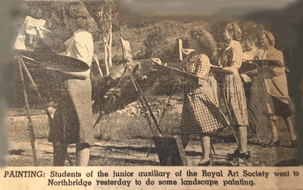 Newspaper clipping of RAS students painting in Northbridge in 1947