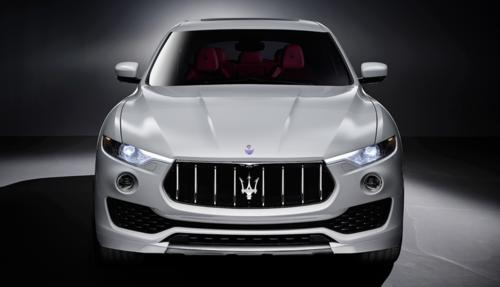 Maserati devela su SUV Levante. ¿Quién dijo que no quiere una Mamavan?