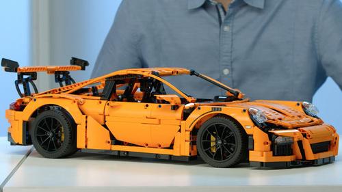El Porsche 911 GT3 RS es el nuevo modelo a armar de 2,704 piezas que lanzó Lego