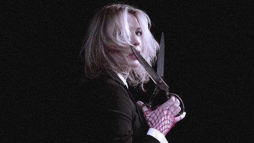 Cate Blanchett regresa como una araña seductora y letal con RED