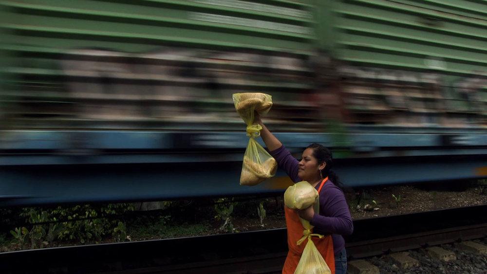 Llévate mis amores (2014) - Dirigido por Arturo González VillaseñorIMDB: 7.9Rotten Tomatoes: 100%