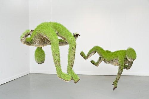 Life of Grass: Las esculturas orgánicas  de Mathilde Roussel