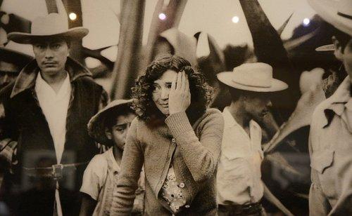 Enrique Metinides: El fotógrafo de nota roja más cotizado de México