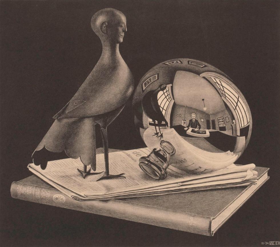 Still life with spherical mirror, 1934 - Una extraño pájaro con cabeza humana, sobre un periódico y un libro. El propio Escher, se encuentra abocetando la escena desde su estudio y reflejado en la base de una botella que deforma todo el cuarto.