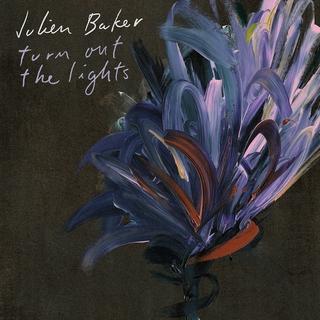 18. Julien Baker -Turn Out The Lights - La escritora y cantante de Memphis da entrada a