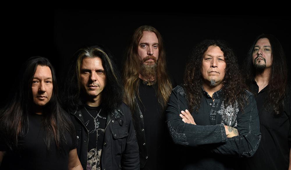 """Testament (viernes) - El headbangeo a su máxima expresión. Una de las bandas más importantes del trash metal, y aunque nunca hayan sido considerados dentro de los """"Big Four"""" (Metallica, Megadeth, Slayer y Anthrax) su influencia se puede equiparar con la de ellos. Su estatus los ha hecho perdurar hasta la fecha, abriendo los shows de bandas legendarias o llenando venues de la ciudad de México cada vez que regresan. Imperdibles."""