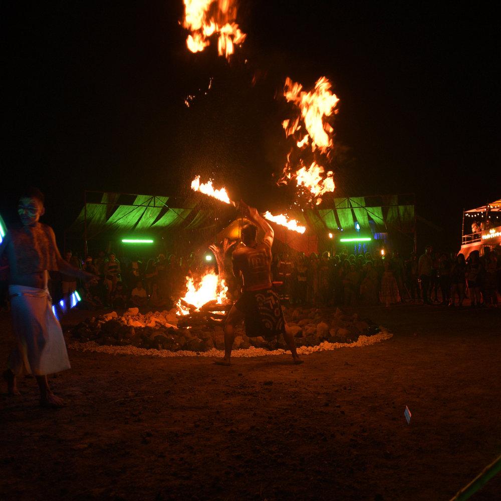 Baile al Fuego AKBAL 2.jpg