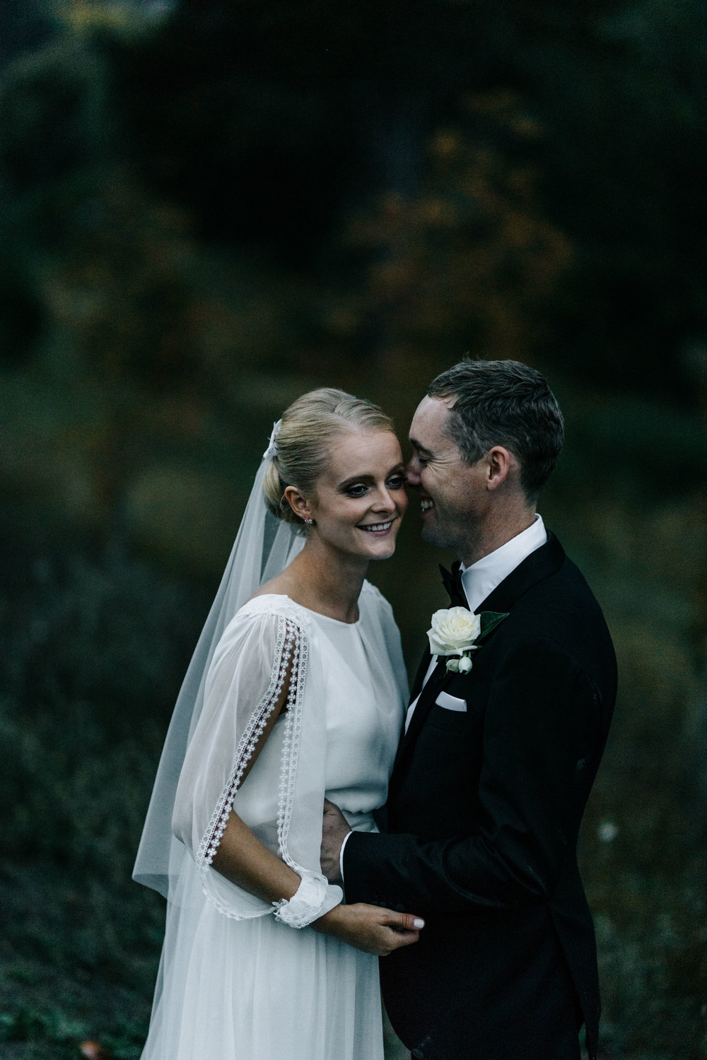 Kim + Ben at Churchill, Taradale by Marnie Hawson weddings, Macedon Ranges wedding photographer