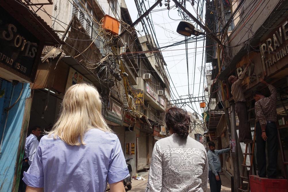 rats nest of telecom wires delhi
