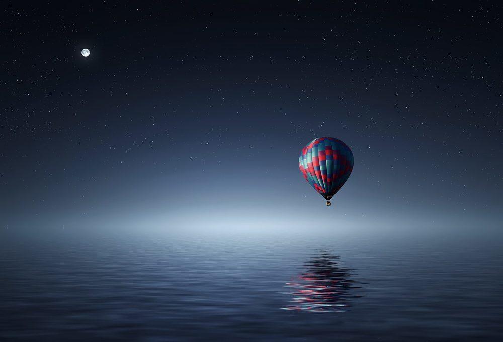 hot air balloon like freelance writing