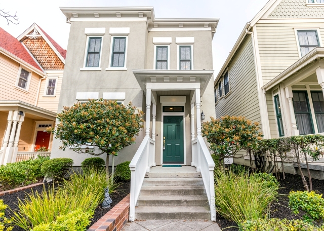 Sold at $628,725<strong>2189 Railroad Avenue, Hercules</strong>